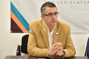 NECESARIO, SUMAR A LOS TRES NIVELES DE GOBIERNO EN LA RECONSTRUCCIÓN DEL MERCADO «REVOLUCIÓN»: VÍCTOR VARGAS