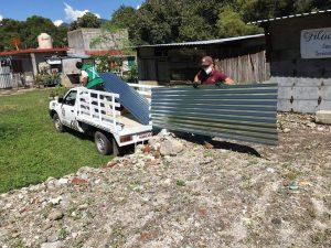 En Huiloapan inician programa de mejoramiento a la vivienda.