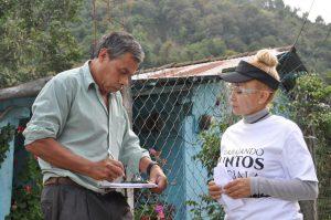 En Calcahualco y Alpatláhuac firman a favor del castigo a expresidentes corruptos.