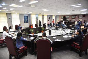 Reciben 50 personas dispensa legislativa para ocupar dos plazas en el Sector Salud.
