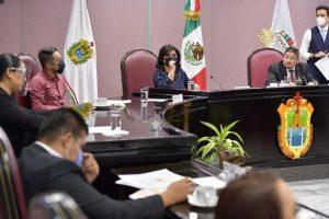 Cédula profesional sería requisito obligatorio en la administración pública.