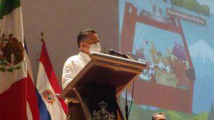 Alcalde Igor Rojí entrega 2 mil 864 libros de Orizaba.