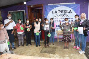 Mujeres de la localidad La Golondrina, aprenden el arte de la gastronomia por medio del Grupo TIAMAT.