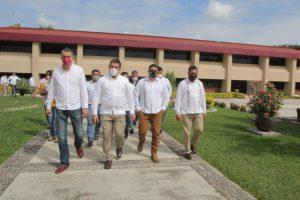 La vocación docente del Gobernador, se refleja en la obra educativa sin precedente en Veracruz: Víctor Vargas.