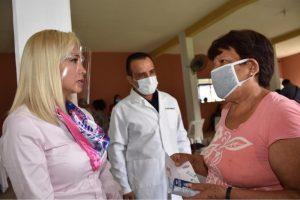 Lleva Grupo TIAMAT A.C. apoyos de salud visual a los habitantes de Campo Grande y Capoluca.