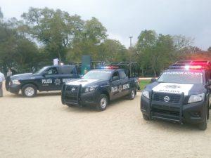 Ayuntamiento de Orizaba entrega 5 camionetas para la policía municipal.