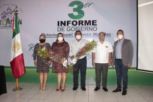 Rinde informe de gobierno el presidente  municipal de Atzacan.