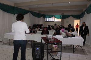"""Imparten en Atzacan taller """"El empoderamiento y productividad de la mujer indígena""""."""