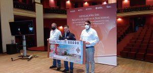 Presentan en Orizaba billete de la lotería nacional.