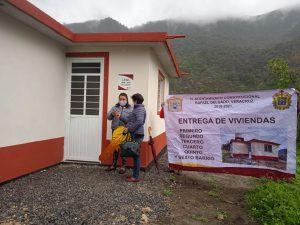Entregan en Rafael Delgado 4 viviendas a familias vulnerables.