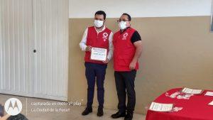 Paramédicos de Cruz Roja, siempre preparados para atención y rescate.