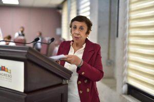 Exhorta diputada a autoridades a que destinen presupuesto para Bomberos.