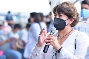 Secretaria de Educación Federal verifica vacunación de maestros en Orizaba.