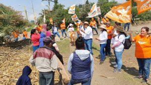 Texmola y Palmira con Arturo Martínez Gámez, candidato a presidente municipal por Mariano Escobedo.
