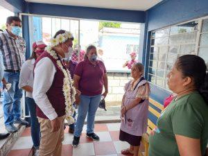 Candidato de Ixtac Nahum Álvarez se compromete a dialogar con cementera, por las afectaciones a viviendas.