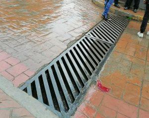 Inconcebible que personas sigan arrojando desechos a la calle incluyendo cubrebocas en Zongolica.
