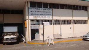 Empleados del almacen del IMSS en Río Blanco denuncian brote de COVID.
